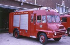 Old Trucks, Fire Trucks, Fire Apparatus, Emergency Vehicles, Firefighting, Fire Engine, Classic Trucks, Ambulance, Pump