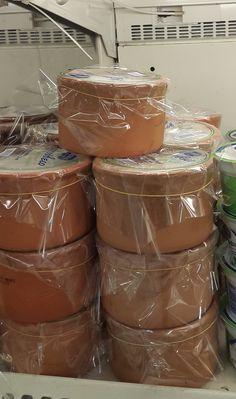 Γιαούρτι σε πήλινο Cypriot Food, The Kitchen Food Network, How To Make Cheese, Greek Recipes, Food Network Recipes, Family Meals, Yogurt, Cyprus