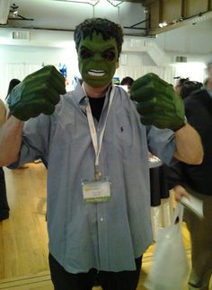 Avengers Hulk Hands Gamma Green Smash Fists