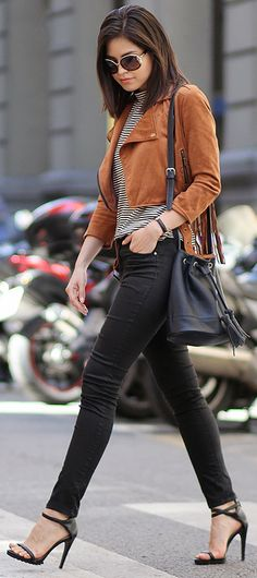 AUTUMN STYLE: A more dressed up way to wear suede jackets. Pair yours with black skinny jeans and heels. Teen Fashion, Fashion Outfits, Fashion Trends, Fall Outfits, Casual Outfits, Casual Wear, Suede Jacket, Leather Jacket, Autumn Winter Fashion