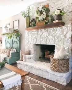 Fireplace Hearth Decor, Stone Fireplace Makeover, Home Fireplace, Fireplace Remodel, Fireplace Design, Farmhouse Fireplace, Rustic Mantle Decor, Christmas Fireplace, Farmhouse Homes