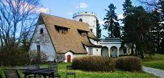 Renaissance Architecture, Secret Places, Exhibition Space, Helsinki, White Walls, Fresco, Finland, Villa, Yard
