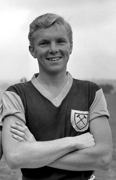 """Robert Frederick Chelsea """"Bobby"""" Moore OBE was an English professional footballer. He captained West Ham United for more than ten years and was captain of the England team that won the 1966 World Cup. Bobby Moore, Der Club, West Ham United Fc, Fc B, Nfl, National Photography, Football Players, Poster Size Prints, World Cup"""