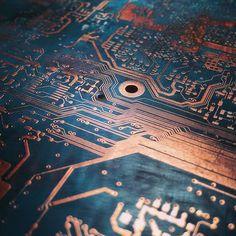 #schön #leiterplatte #circuitboard #motherboard #beautyful #schatz #schönheit #elektronik Circuit Board Design, Tech Art, Cyberpunk Art, Light Texture, Marvel Cinematic Universe, Art Boards, Futuristic, Art Reference, Digital Art