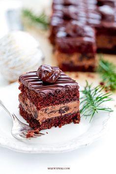 Drunk plum cake with Nutella cream, plum jam Plum Cake, Prune, Colorful Cakes, Cream Cake, Baking Tips, Christmas Desserts, Nutella, Chocolate Cake, Sweet Recipes