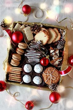Christmas cookie gift box #homemade #diy #christmas #cookies