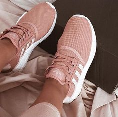 Tendance Sneakers : // In need of a detox? Get 10% off your @SkinnyMeTea teatox using our discount