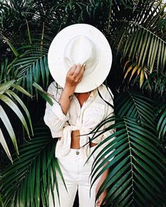 all white boho style and outfit idea, fashion blogger, summer style