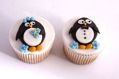 PENGUIN COUPLE CUPCAKES | Flickr - Photo Sharing!