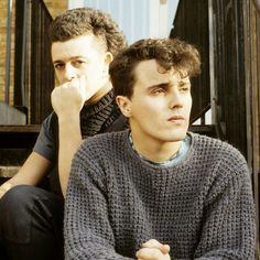 Roland Orzabal and Curt Smith- Tears for Fears Pet Shop Boys, 80s Music, Music Icon, Pop Bands, Music Bands, Billboard Songs, Roland Orzabal, New Wave Music, Tears For Fears