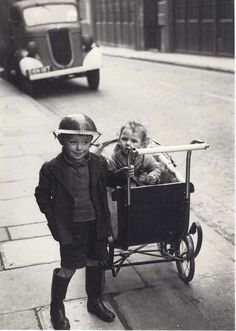 children of the East End during the London Blitz (George Rodger 1940)