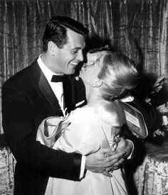 Doris and Rock at the premiere  of their film Pillow Talk.