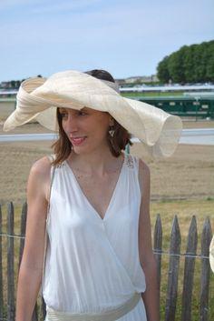 Robe @nafnafparis , Chapeau Mademoiselle Chapeaux