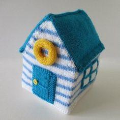 Beach Hut toy FREE knitting pattern by Amanda Berry. Free decoration beach hut knitting pattern. Get the Downloadable PDF from LoveKnitting.