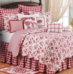 Devon Cranberry Quilt-I could live with this too, all year round. I'd love a red… Yatak odası – home accessories Bedroom Red, Home Bedroom, Bedroom Decor, Bedroom Colors, Girls Bedroom, Estilo Country, Country Style, Country Decor, French Country Bedrooms