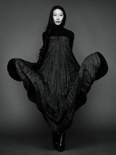 Yiqing Yin Yiqing Yin, Fabric Manipulation, Costume Design, Boho Chic, Goth, Fashion Dresses, Victorian, Costumes, Fabrics