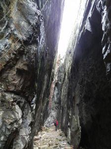 Ruta en la Pedriza por la Raja y zona de los yacimientos arqueológicos | La Pedriza: un laberinto
