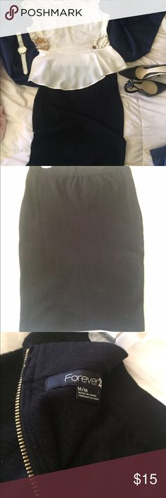 MIDI black skirt Everyone needs a fitting black skirt! This is sooooo comfortable and brings out your assets but still can wear for work! Falls below knees, and stretchy fabric with back zip;) looks great with just about anything. A fabulous staple skirt to have in your closet!💕 Forever 21 Skirts Midi