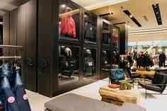 Unique retail storage solution reinforces the Canada Goose`s Canadian brand.
