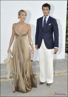 Rafael Medina y Laura Vecino se van de boda Elegant Dresses, Pretty Dresses, Casual Dresses, Formal Dresses, Wedding Dresses, Fall Fashion Outfits, Autumn Fashion, Fashion Dresses, Womens Fashion