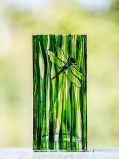 ON SALE Hand Painted Flowers vase Green glass vase Square Painted Glass Vases, Painted Wine Glasses, Glass Painting Designs, Stained Glass Designs, Transparent Glass Paint, Glass Butterfly, Bottle Painting, Ink Painting, Green Vase