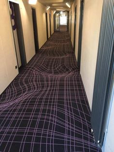 Most up-to-date Cost-Free hotel Carpet Texture Tips Carpet can sometimes get you., Most up-to-date Cost-Free hotel Carpet Texture Tips Carpet can sometimes get you…, Carpet Design, Floor Design, House Design, Cool Optical Illusions, Funny Illusions, Art Optical, Hotel Carpet, Shaw Carpet, 3d Street Art