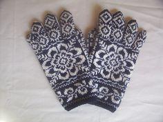 Ravelry: MaryEliz's Selbu Flower Gloves Crochet Gloves, Knit Mittens, Knitting Socks, Hand Knitting, Knit Crochet, Knitting Charts, Knitting Patterns, Crochet Patterns, How To Start Knitting