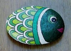 Aug 2017 - Ideas and techniques for painting and decorating stones. See more ideas about Stone painting, Painted rocks and Stone art. Rock Painting Patterns, Rock Painting Ideas Easy, Rock Painting Designs, Pebble Painting, Pebble Art, Stone Painting, Stone Crafts, Rock Crafts, Arts And Crafts