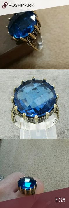 Estate Vintage Blue Topaz Ring 1940s Jewelry Type: Ring Metal Type: 925 Sterling Silver Metal Size: 7.5 Finger Stone Type: Topaz  Stone Weight: N/A Stone Color: Blue Condition: Excellent  Jewelry Weight: 9 Grams This is my appraisal report Family Heirloom  No trades please Estate Jewelry Rings