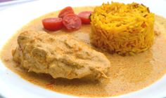 Leckeres, indisches Butterhühnchen mit Curcumareis