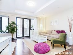 Loving the great style of this #Midtown #studio in #NYC! http://www.nyhabitat.com/new-york-apartment/furnished/16344
