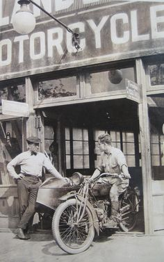 Girls Women Riding Motorcycles And The Wild On Pinterest