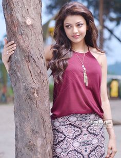 Kajal Agarwal Latest Cute & Sexy Stills In a Beach. Indian Actress Photos, South Indian Actress, Beautiful Indian Actress, Indian Actresses, South Actress, Bollywood Fashion, Bollywood Actress, Indian Bollywood, Beautiful Celebrities