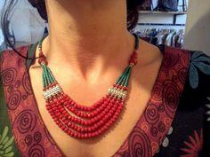 Collana con radice di rubino e malachite - #Frida #Creazioni