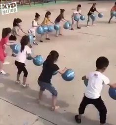 Physical Activities For Kids, Physical Education Games, Games For Teens, Indoor Activities For Kids, Kids Learning Activities, Youth Games, Team Games, Teamwork Games, Family Party Games