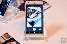 グーグルの新アプリPhoto Scanを使えば紙写真をスマホで綺麗に取り込める