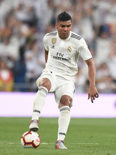 Henrique Casemiro of Real Madrid controls the ball during the La Liga match between Real Madrid CF and CD Leganes at Estadio Santiago Bernabeu on September 2018 in Madrid, Spain. Get premium, high resolution news photos at Getty Images Champion, Sports, Europe, News, The League, Hs Sports, Sport, Exercise