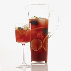 Blackberry & Cabernet Caipirinha   For this punch-like take on the caipirinha, use a Cabernet blended with a good amount of spicy Syrah. Best Sangria Recipe, Sangria Recipes, Cocktail Recipes, Wine Recipes, Party Recipes, Party Snacks, Summer Recipes, Caipirinha Recipe, Caipirinha Cocktail
