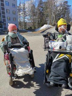 Kevätaurinko lämmittää vamasten mieltä - Pietar.in Baby Strollers, Children, Baby Prams, Young Children, Boys, Kids, Prams, Strollers, Child