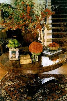 #Autumn in my front hall. slimpaley.com