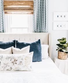 Youngsters Area Home Furnishings Simple Woven Wood With Printed Drapery In Master Bedroom Best Farmhouse Master Bedroom Ideas Small Master Bedroom, Farmhouse Master Bedroom, Master Bedroom Design, Home Decor Bedroom, Bedroom Furniture, Office Furniture, Master Suite, Master Bedrooms, Artwork For Bedroom