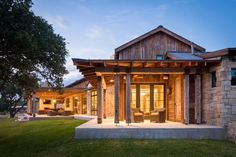 HGTV: This Austin ranch house epitomizes rustic style indoors and out…