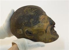 Mummified Maori head returned from France to the Maori. DNA will be collected and analyzed in order to return this young Maori warrior to his tribe. Filipino Tribal Tattoos, Hawaiian Tribal Tattoos, Samoan Tribal, Face Tattoos, Body Art Tattoos, Maori Tattoos, Borneo Tattoos, Crane, Ta Moko Tattoo