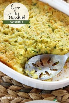 Corn & Zucchini Casserole - An easy cornbread casserole filled with corn and fresh zucchini makes a perfect side dish! - Diary of a Recipe Collector (Grey Squash Recipes) Side Dish Recipes, Vegetable Recipes, Casserole Recipes, Cornbread Casserole, Cornbread Mix, Cornbread Recipes, Jiffy Mix Recipes, Mexican Cornbread, Pudding Recipes