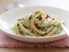 Fettuccine with Broccoli Pesto and Sun-Dried Tomatoes Recipe : Bobby Deen : Recipes : Cooking Channel baking-projects low-fat-diet Lunch Recipes, Pasta Recipes, Vegetarian Recipes, Healthy Recipes, Broccoli Recipes, Broccoli Pesto, Basil Pesto, Frozen Broccoli, Tomato Pesto