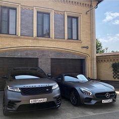 dream car Left or Right Range Rover Velar Vs Mercedes AMG GT! Courtesy of - Help us grow the Mercedes Amg, Dream Cars, My Dream Car, Fancy Cars, Cool Cars, Lux Cars, Bmw E39, Lamborghini Veneno, Car Goals