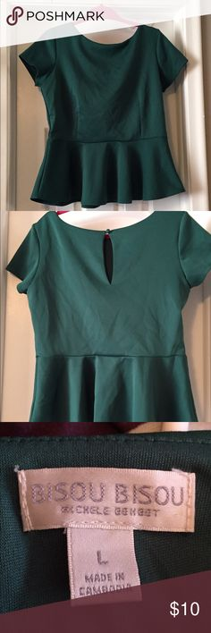 Green pre plum top Pre plum top. Dark green. Worn once. Keyhole back design. Good for holiday parties. Accepting offers! Bisou Bisou Tops Blouses