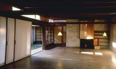 http://images.budgettravel.com/0704_GlassHouse0704_GlassHouse_05.jpg