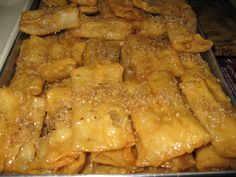Greek Sweets, Greek Desserts, Greek Recipes, Puff Pastry Desserts, Christmas Baking, Macaroni And Cheese, Deserts, Food And Drink, Meat