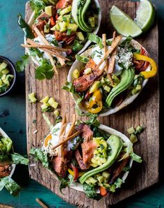 Talk about food presentation. These Fajitas are easy to make and are perfect for dinner parties or easy meal weeknights. These Salmon Fajita Salad Boats are just simply beautiful and delicious. Leftover Salmon Recipes, Quick Salmon Recipes, Fish Recipes, Seafood Recipes, Mexican Food Recipes, Salad Recipes, Healthy Recipes, Mexican Dishes, Dinner Recipes